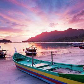 Pantai Kok, Langkawi, Malaysia by Justin Foulkes