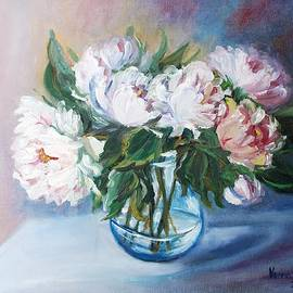 Peonies in a glass vase by Vesna Martinjak