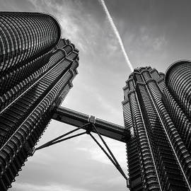 Petronas Towers by Dave Bowman