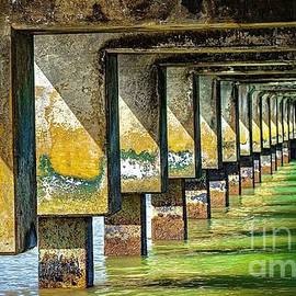 Pier Perspective3 by Kris Hiemstra