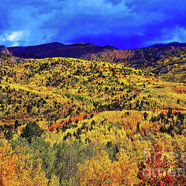 Pikes Peak Autumn by Jon Burch Photography