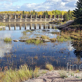 Pinawa Dam Provincial Heritage Park by Teresa Zieba