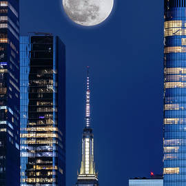 Pink Super-Moon Over NYC by Susan Candelario
