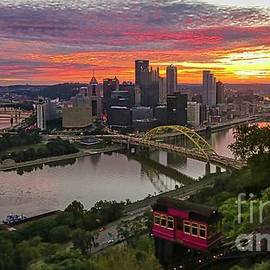 Pittsburgh Beautiful by Kelly Pennington