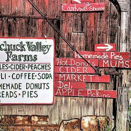 Pochuck Valley Farms by Guy Harnett