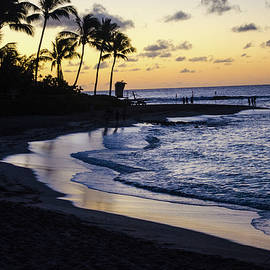 Poipu sunrise by Peter Foster