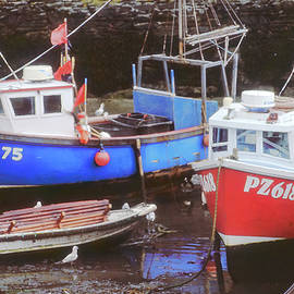 Polperro 1 - Fishing Boats at Low Tide by Jerry Griffin