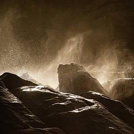 Pounding Seas by Hugh Warren