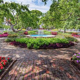 Prescott Park Garden by Ken Parnell