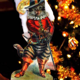 Puss-in-Boots Christmas by Tru Waters