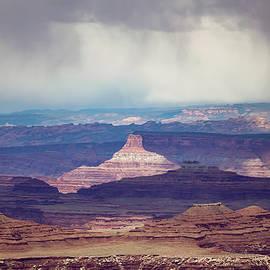 Rain and sun in Canyon Land by Alexandru Gabriel Bogdan
