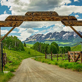 Ranching In Paradise by Lorraine Baum