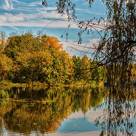 Raritan River in Fall by Denise Harty