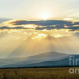 Rays of the sun over Zemplin by DT Darecki