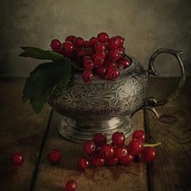 Red pearls by Jaroslaw Blaminsky