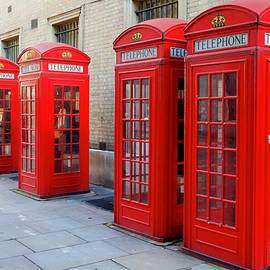Red telephone boxes, Broad Court, Covent Garden by Joe Vella