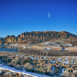 Reflections of a Crescent Moon by Janice Pariza