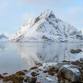 Reine, Lofoten 11 by Dubi Roman