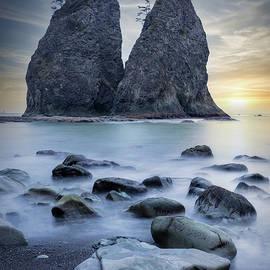 Rialto Beach Sunset by Stephen Stookey