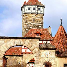 Roderturm, Rothenburg Ob Der Tauber by Douglas Taylor