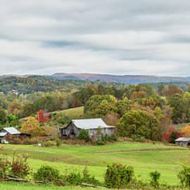 Rolling Hills Farm by Jurgen Lorenzen