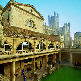 Roman Baths with the Abbey in the background, Bath, Somerset, England. by Joe Vella