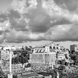 Roman Forum in Roma BW Photo by Stefano Senise