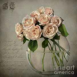 Roses in a glass bowl by Barbara Corvino