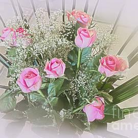 Rosy Posy by Elaine Teague