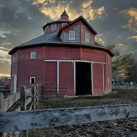 Round Barn 75 Anderson, Indiana by Steve Gass