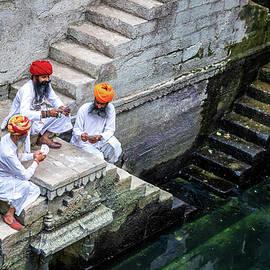 Quality time, Jodhpur, Rajasthan, India by Kim Petersen