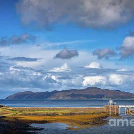 Rubha nan Gall by Viv Thompson