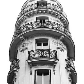 Rue de Hanovre Flatiron Balconies