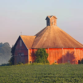 Rural Round Barn 607, Indiana by Steve Gass