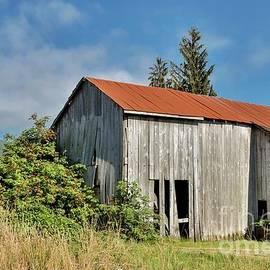 Rust On The Roof - Tillamook Oregon by Oregon Photo
