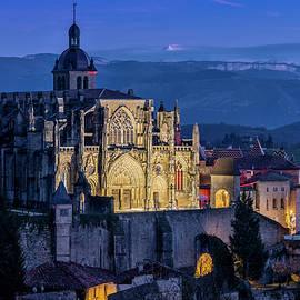Saint-Antoine-l'Abbaye - blue hour by Olivier Parent