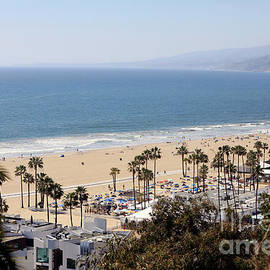 Santa Monica Beach by Nina Prommer