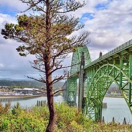Scenic Yaquinna Bay Bridge by Beautiful Oregon