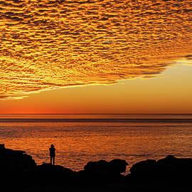 Seeing The Sun Go Down by Hugh Warren