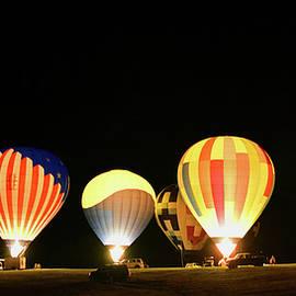 Sequoyah Balloon Glow by Pat Turner