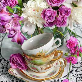 Shabby chic pink roses  by Katia Kovan