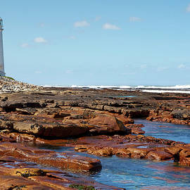 Slangkop Lighthouse by Geoff Whiting