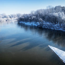 Smoky Hill River In Winter by Shelly Gunderson