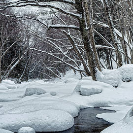 Snow covered Pemigewasset River - Flume Gorge - Lincoln - New Hampshire - USA by Tony Crehan