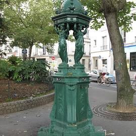 So Paris by Mary Ellen Mueller Legault