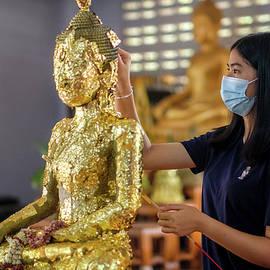 Songkran 2021 - Gold Foil by Lee Craker