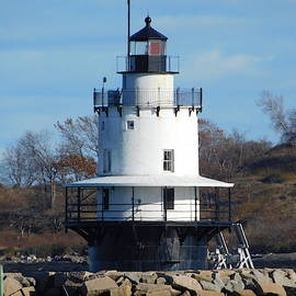 Spring Point Ledge Lighthouse by Catherine Gagne