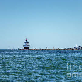 Spring Point Ledge Lighthouse by Elizabeth Dow