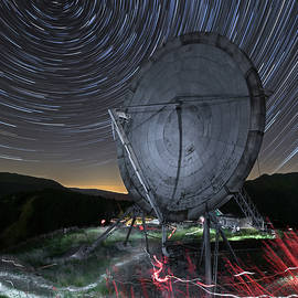 Stars Contact by Giovanni Laudicina