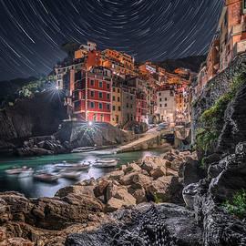 Stars Vortex by Giovanni Laudicina